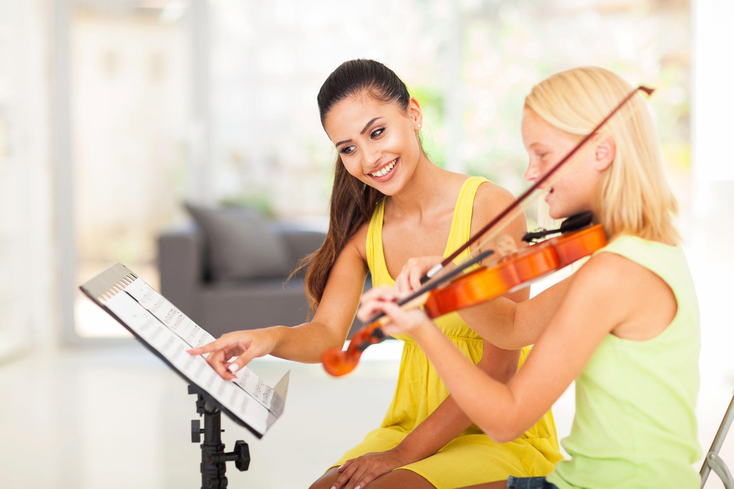 Four Key Benefits of Violin Lessons for Kids