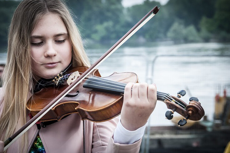 How Beginner's Violin Lessons Can Boost Your Social Status?
