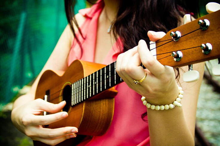 Why it is Ideal to Take Ukulele Lessons?