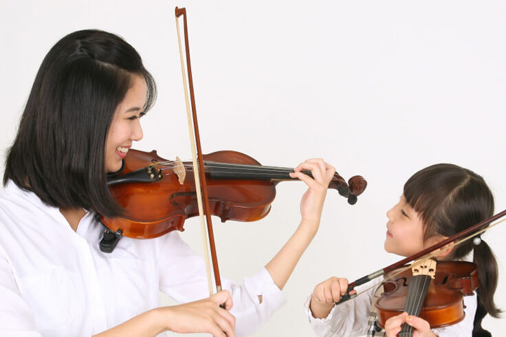 9 Features of a School That Offers Violin Lessons for Kids