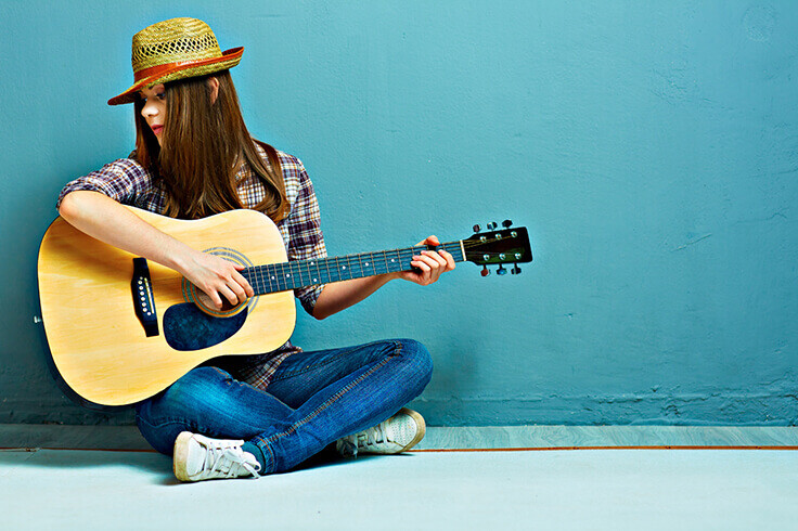 7 Questions Before Enrolling in The Guitar Classes for Beginners