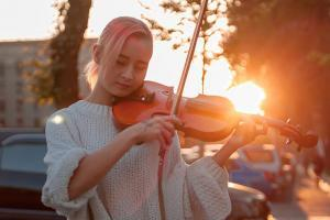 violin lessons in Singapore